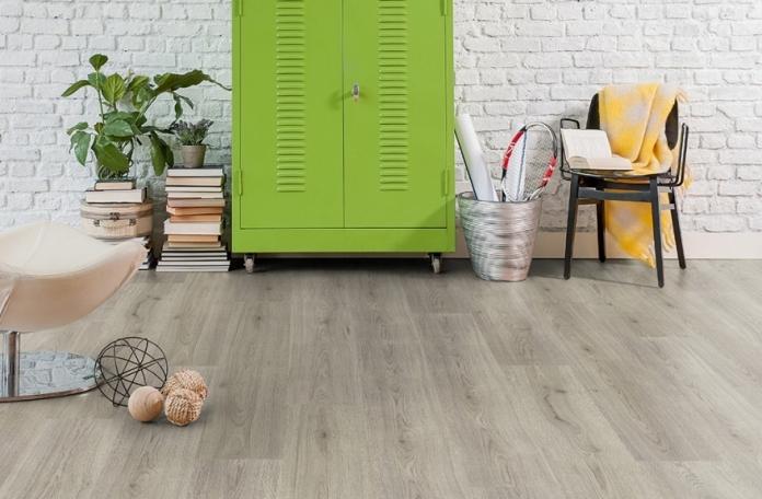 Ламиниран Паркет на Кронотекс, My Floor 8 мм, Серия Superior Catwalk (3126)